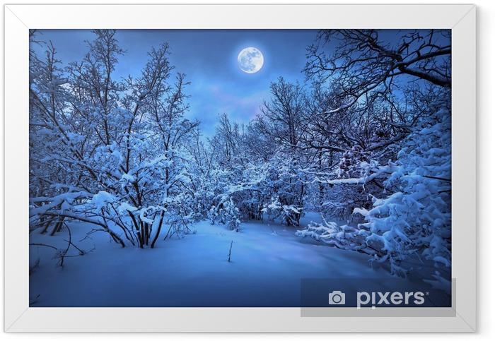 Ingelijste Poster Maanlicht nacht in de winter hout - Thema's