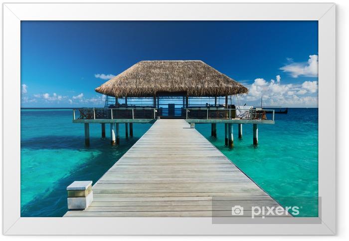 Plakat w ramie Piękna plaża z molo - Molo
