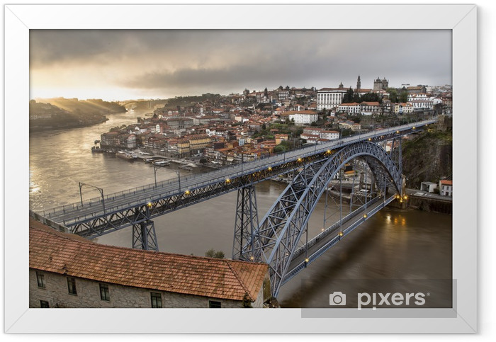 Ville de Porto Portugal Framed Poster - Europe