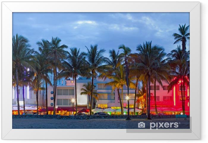 Ingelijste Poster Hotels in Florida en restaurants bij zonsondergang Miami Beach, - Palmbomen