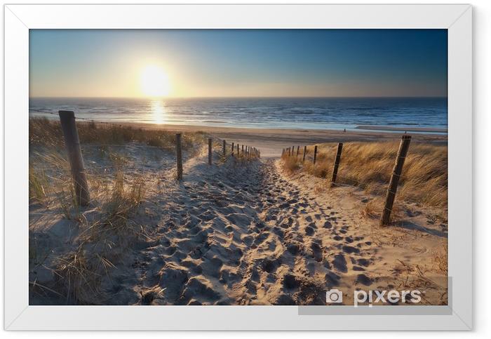 Plakat w ramie Słońce na plaży w drodze do północnej morza - Przeznaczenia