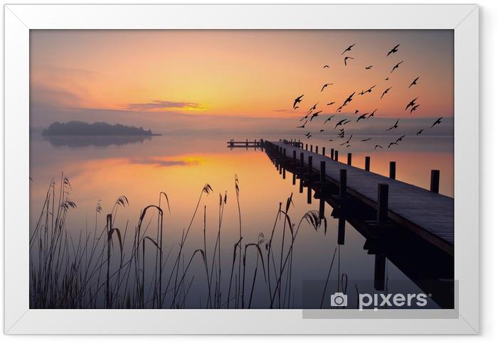 ruhiger Start in den Morgen Framed Poster - Water