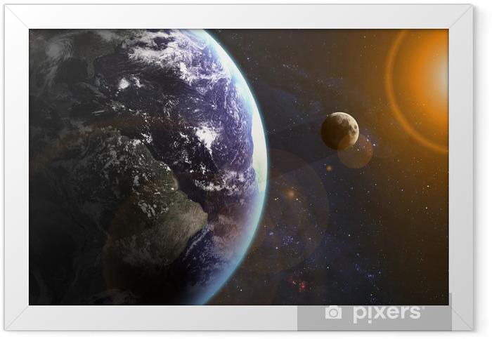 Ingelijste Poster Aarde in de ruimte. Elementen van deze afbeelding geleverd door NASA - Heelal