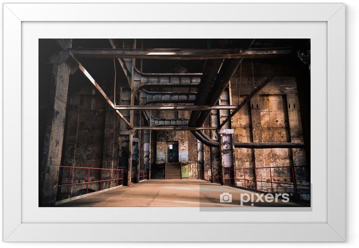 Ingelijste Poster Verlaten industrieel interieur - Industriële en Commerciële Gebouwen
