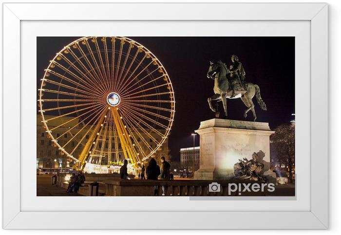 Poster en cadre Place bellecour à lyon grande roue et statue de louis XIV - Vacances