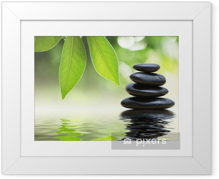 Ingelijste Poster Zen stenen Pyramide op water, groene bladeren over het - SPA & Wellness