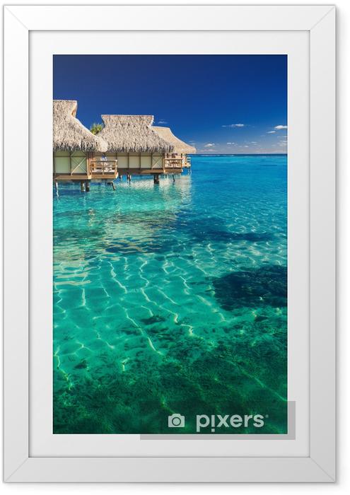 Plakat w ramie Wille wodne ponad tropikalnej rafie - Plaża i tropiki
