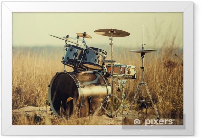 Plakat w ramie Drum Set na świeżym powietrzu - Muzyka