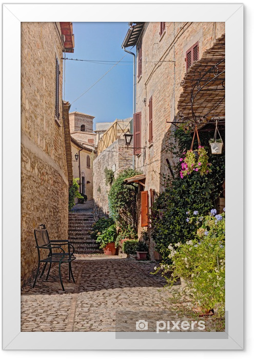 Plakat w ramie Uliczka z kwiatami małego miasteczka w Umbrii, Włochy - Tematy