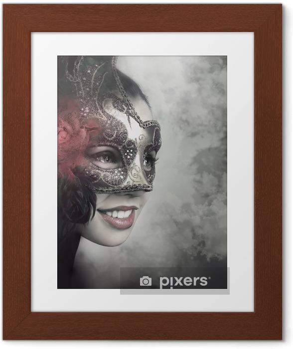 Poster en cadre Close up portrait de femme dans le masque - Divertissements