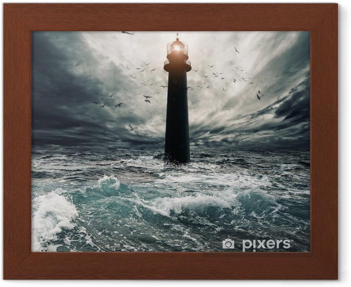 Çerçeveli Poster Sular deniz feneri üzerinde fırtınalı gökyüzü - Deniz feneri