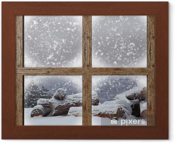Ingelijste Poster Winter buiten bekijken met brandhout stapel van houten raam - Thema's