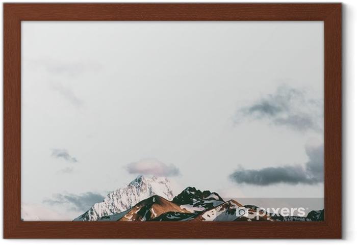 Solnedgang bjerge landskab rejse fredfyldte sceneri luftfoto Indrammet plakat - Landskaber