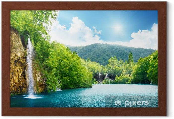 Ingelijste Poster Waterval in diepe woud - Thema's