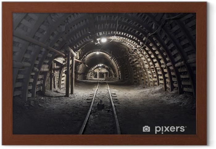 Poster en cadre Tunnel souterrain dans la mine de charbon - Thèmes
