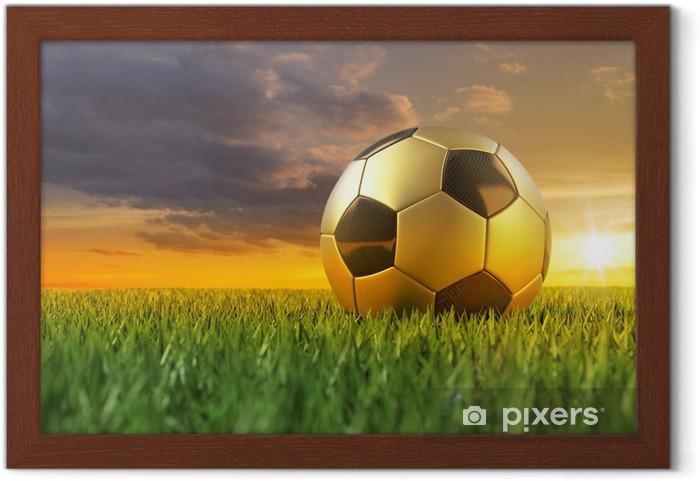 Ingelijste Poster Voetbal zwarte goud 3D op gras bij zonsondergang -
