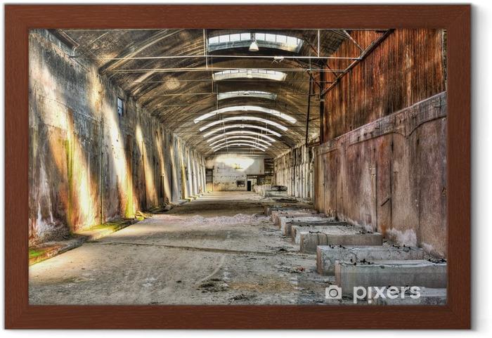 Ingelijste Poster Oud en verlaten industrieel gebouw - Industriële en Commerciële Gebouwen