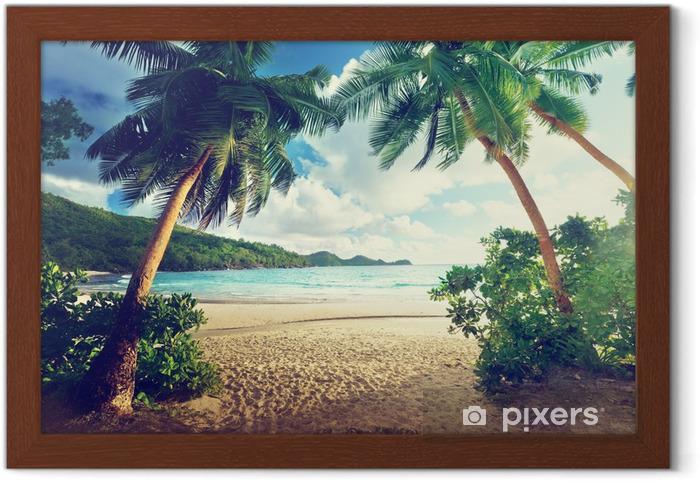 Plakat w ramie Zachód słońca na plaży, Mahe Island, Seszele - Tematy