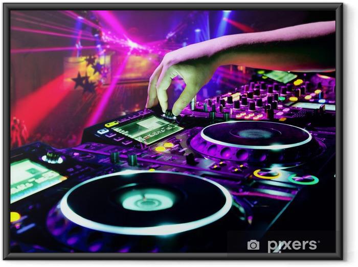 Ingelijste Poster DJ mengt het spoor -