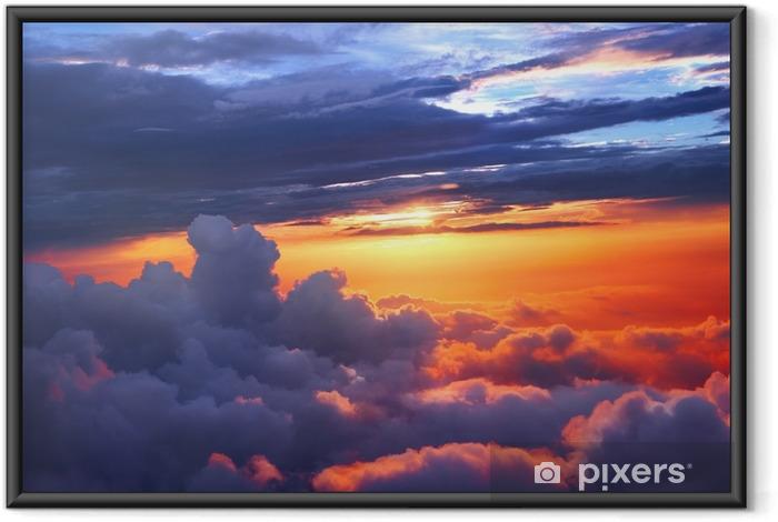 Ingelijste Poster Zonsondergang boven de wolken - Landschappen