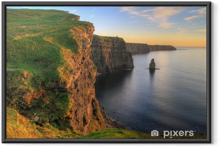 Póster Enmarcado Acantilados de Moher en la puesta del sol - Irlanda - Temas