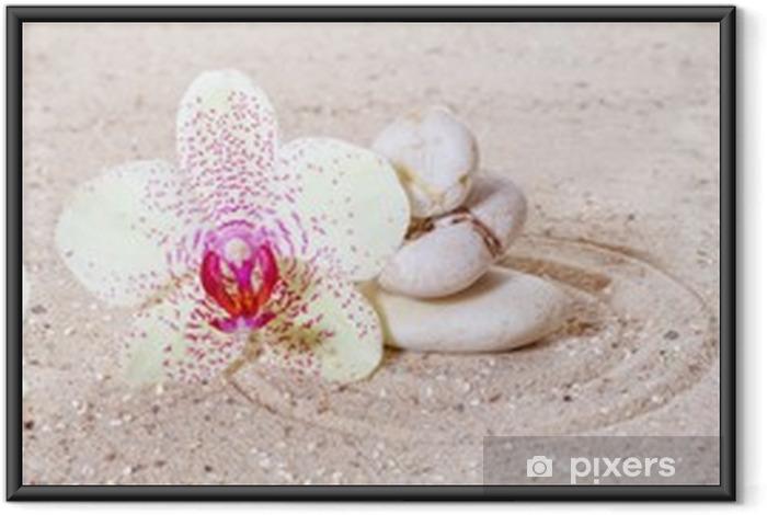 Ingelijste Poster Panorama met orchideeën en zen stenen in het zand - Thema's