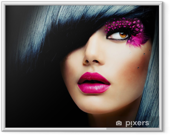 Plakat w ramie Portret mody model brunetka. Fryzura - Moda