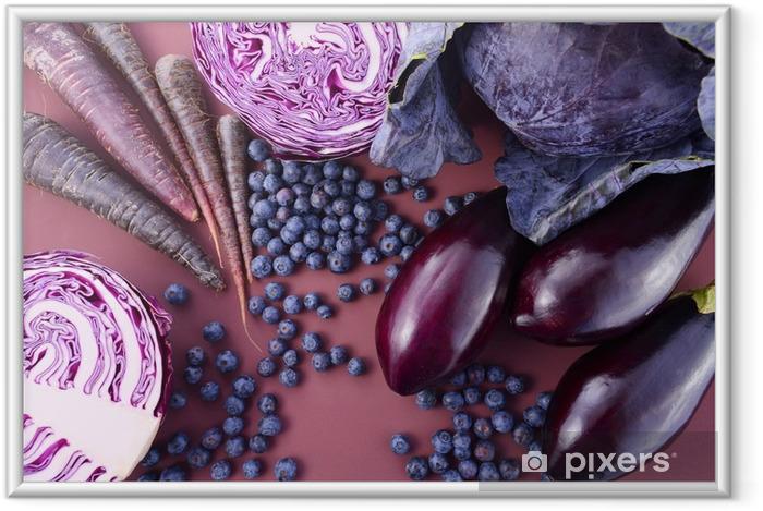 Plakat w ramie Fioletowe owoce i warzywa - Jedzenie