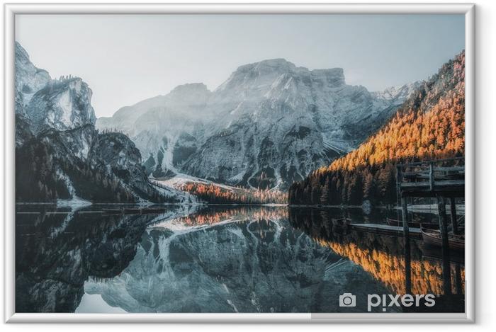 Plakat w ramie Łodzie na jeiorze w Dolomitach - Krajobrazy