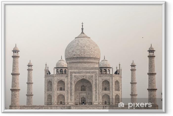 Poster en cadre Taj mahal.famous monument historique en Inde, Agra, dans l'Uttar Pradesh - Thèmes