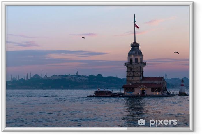 Ingelijste Poster Maiden Towers in Istanbul, Turkije - Vuurtoren