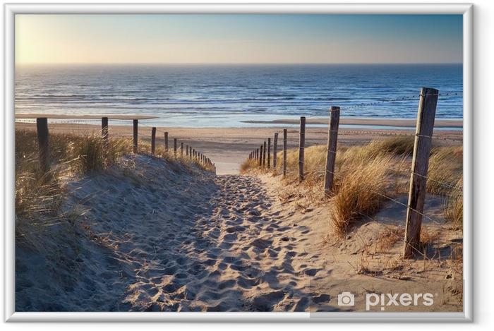 Póster Enmarcado Camino a la playa del mar del Norte en sol de oro - Destinos