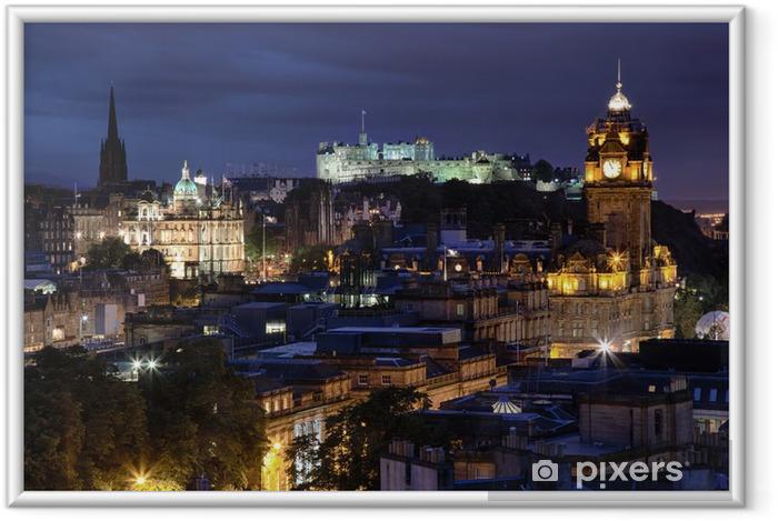 Ingelijste Poster Zonsondergang over nacht Edinburgh, Schotland - Thema's