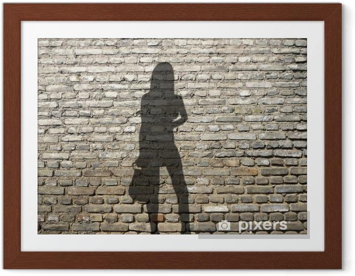 Plakat w ramie Shadow prostytutka na ceglany mur - Zagadnienia płci