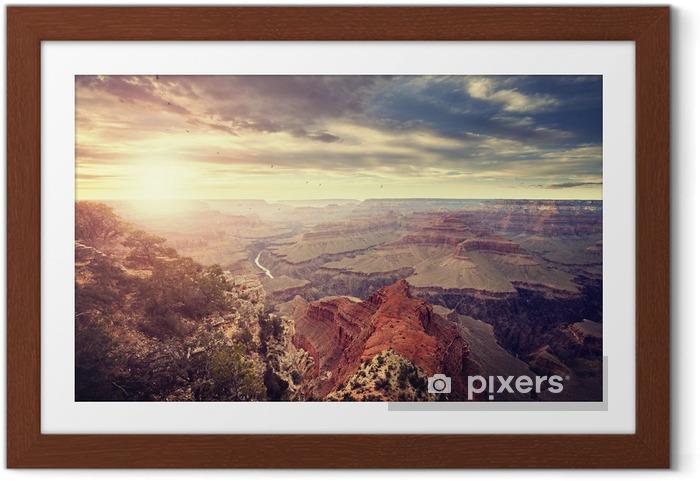 Poster i Ram Tappning tonad solnedgången över Grand Canyon, en av de största turistmålen i USA. - Resor