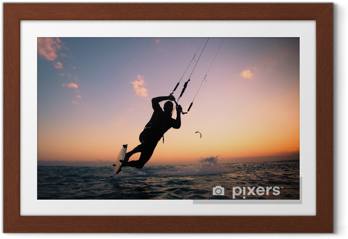 Poster en cadre Kite surf. Kitesurf freestyle - Sports aquatiques