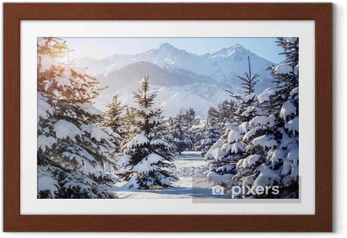 Poster en cadre Paysage de montagne en hiver - Thèmes