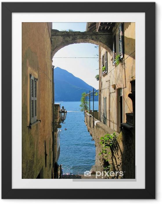 Póster Enmarcado Visión romántica al lago Como italiano famoso de la ciudad de Varenna - Temas