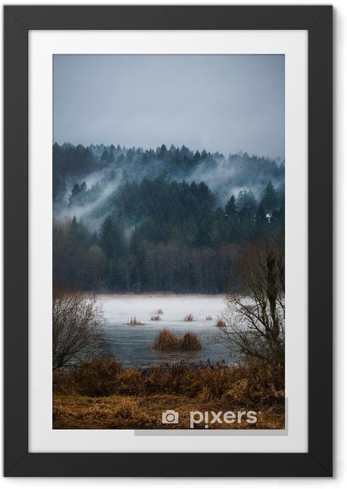 Ingelijste Poster Autumn Mist / Mists van Vancouver Island - Landschappen
