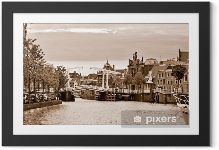 Gravestenenbrug, den berømte tegnebro i Haarlem Indrammet plakat - Europæiske Byer