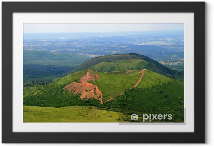 Plakat w ramie Auvergne wulkan - Cuda natury