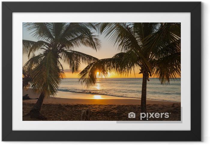 Poster en cadre Sunset Beach palmiers vagues - Palmiers
