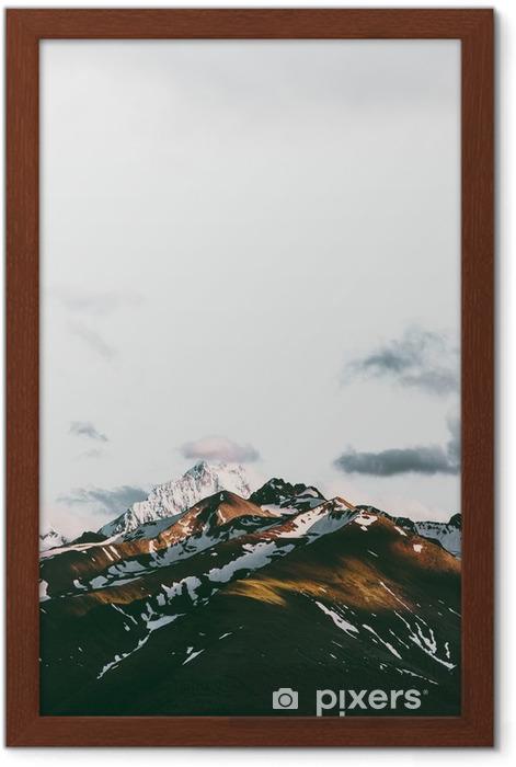 Çerçeveli Poster Gün batımı dağlar manzara seyahat sakin sahne havadan görünümü - Manzaralar