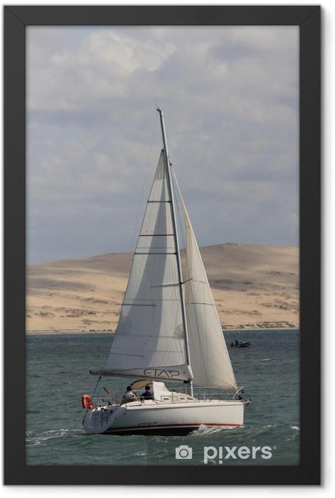 Poster en cadre Voilier au large de la Dune du Pyla - Autres