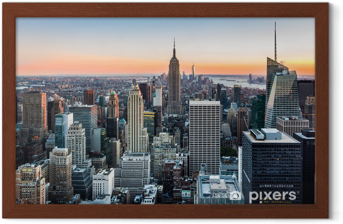 Plakat w ramie Panorama Nowego Jorku o zachodzie słońca -