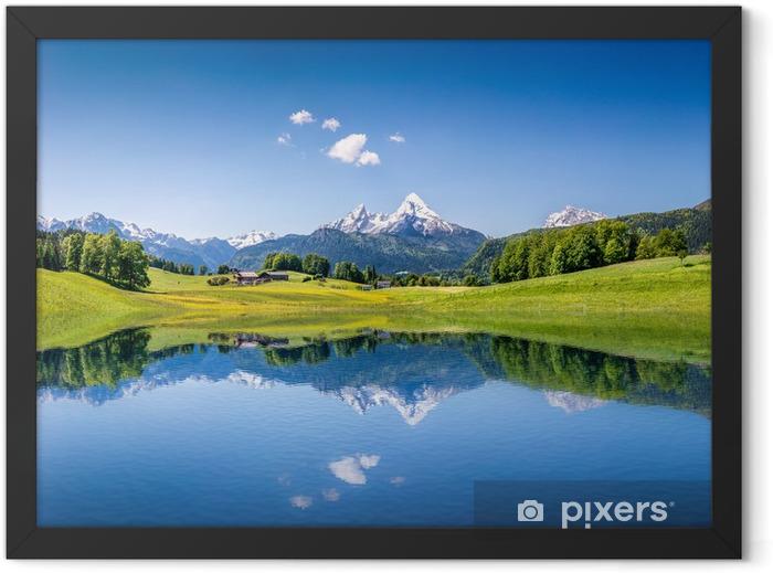 Plakat w ramie Idylliczne letnich krajobraz z górskie jezioro i Alpy - Tematy