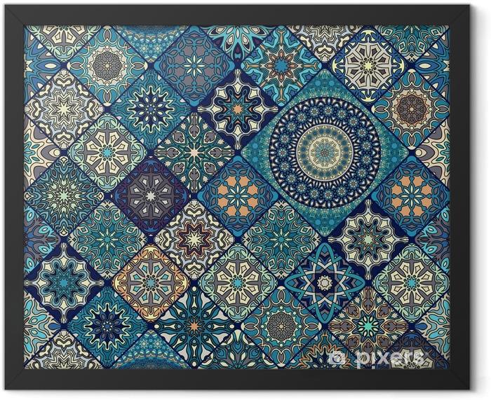Plakat w ramie Wzór. zabytkowe elementy dekoracyjne. ręcznie rysowane tła. motywy islamu, arabskie, indyjskie, otomańskie. idealny do drukowania na tkaninie lub papierze. - Zasoby graficzne