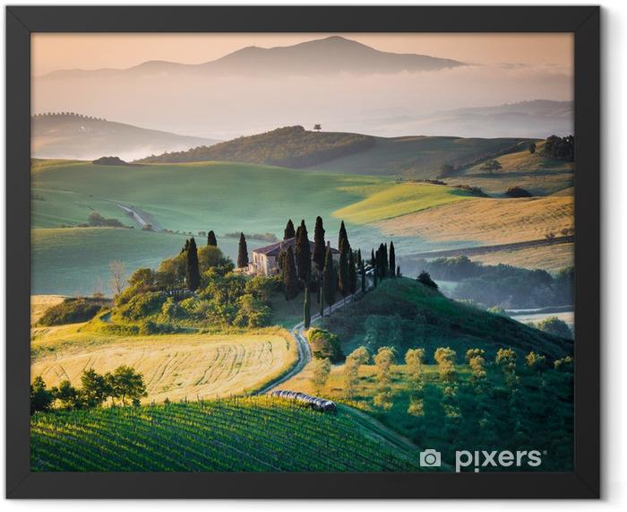 Mattino in Toscana, paesaggio e colline Framed Poster -