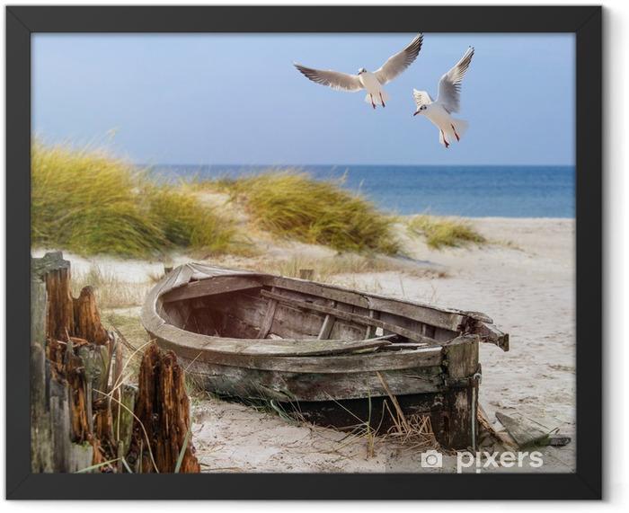 altes Fischerboot, Möwen, Strand und Meer Framed Poster - Ships, yachts and boats
