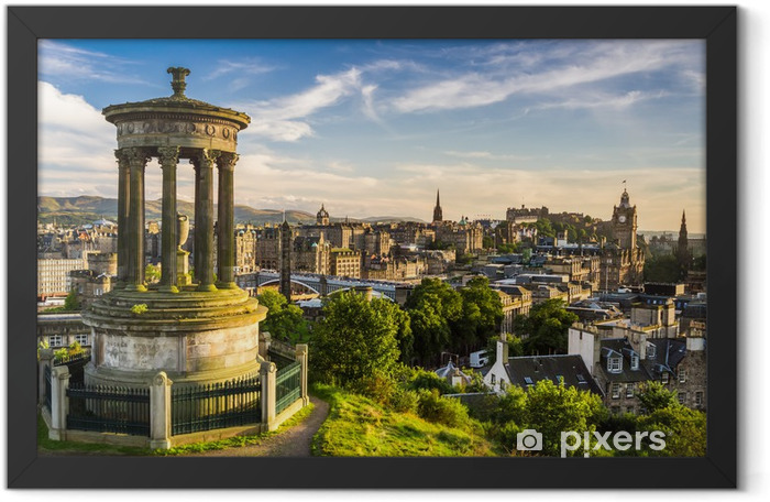 Beautiful view of the city of Edinburgh Framed Poster - Themes